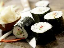 sushi selber machen so klappt 39 s eat smarter. Black Bedroom Furniture Sets. Home Design Ideas